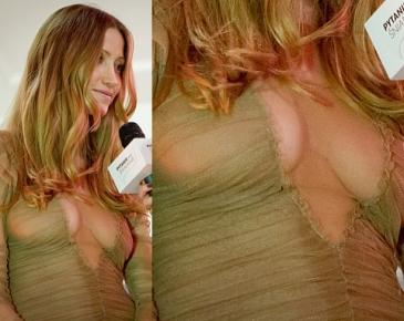 Żona Adamczyka znów pokazuje biust! (FOTO)
