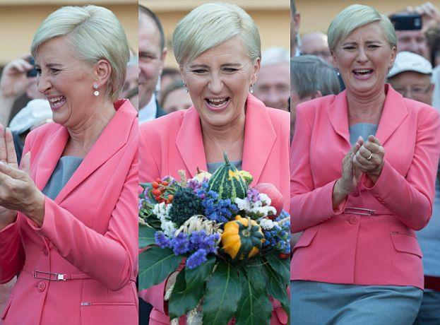 Uśmiechnięta Agata Duda na dożynkach w Spale (ZDJĘCIA ...